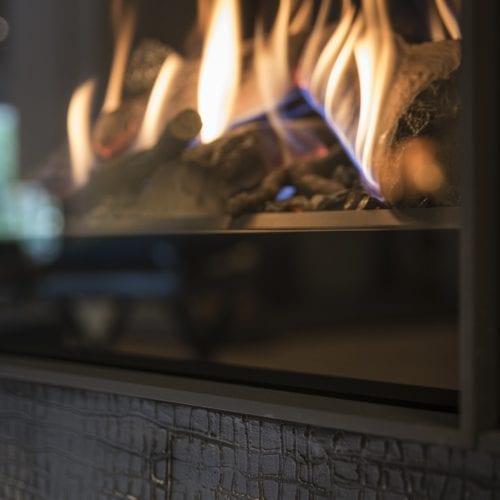 Au coin du feu : les 6 principales tendances dans le domaine des foyers